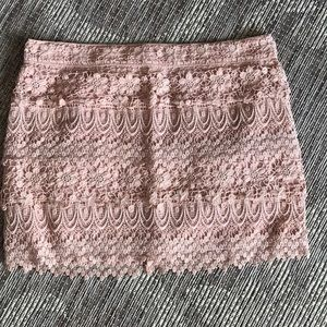 American Eagle Outfitter size 8 lace mini skirt